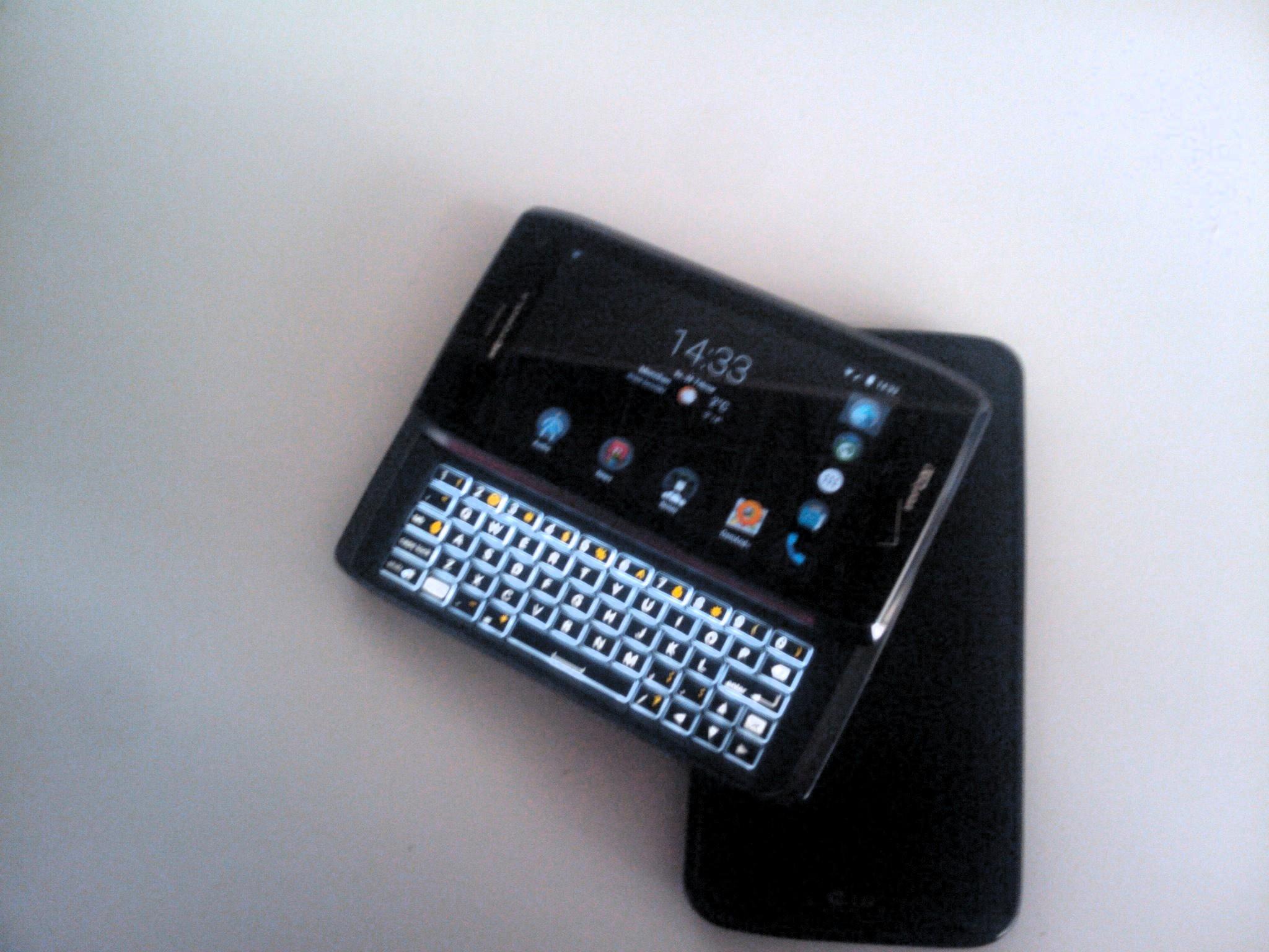 Motorola Droid 4 und LG G2